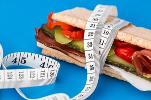 Should you track your macronutrients and calories?